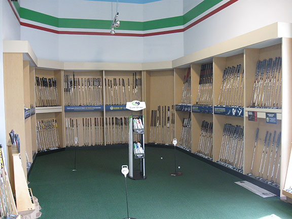 Golf Galaxy storefront. Your local sporting goods supply store in Miamisburg, OH | 3007