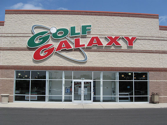 Golf Galaxy storefront. Your local sporting goods supply store in Dublin, OH | 3009