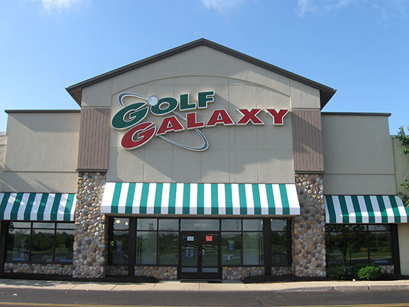 Storefront of Golf Galaxy store in Springdale, OH
