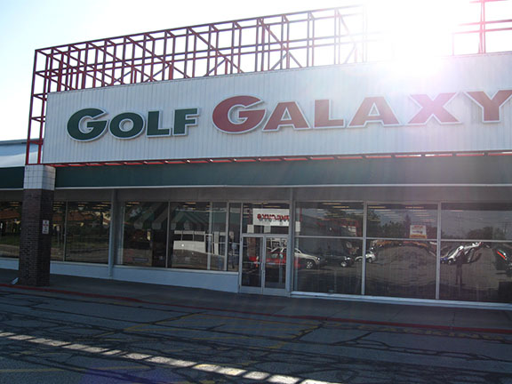 Golf Galaxy storefront. Your local sporting goods supply store in North Olmsted, OH | 3015