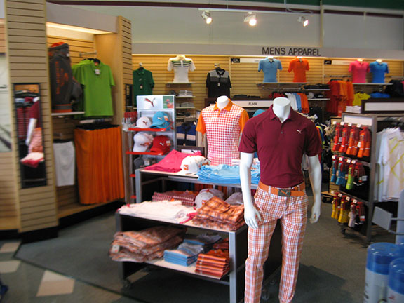 Golf Galaxy storefront. Your local sporting goods supply store in Orland Park, IL | 3017