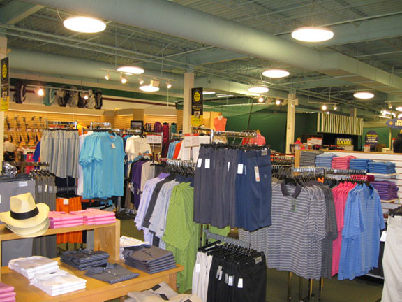 Golf Galaxy storefront. Your local sporting goods supply store in Virginia Beach, VA | 3032