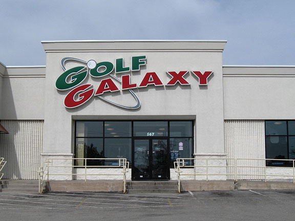 Storefront of Golf Galaxy store in Appleton, WI