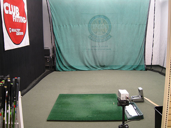 Golf Galaxy storefront. Your local sporting goods supply store in Appleton, WI   3034