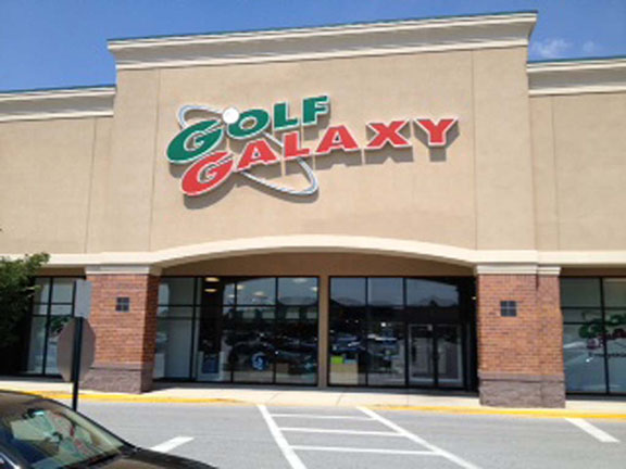 Golf Galaxy storefront. Your local sporting goods supply store in Newark, DE | 3036