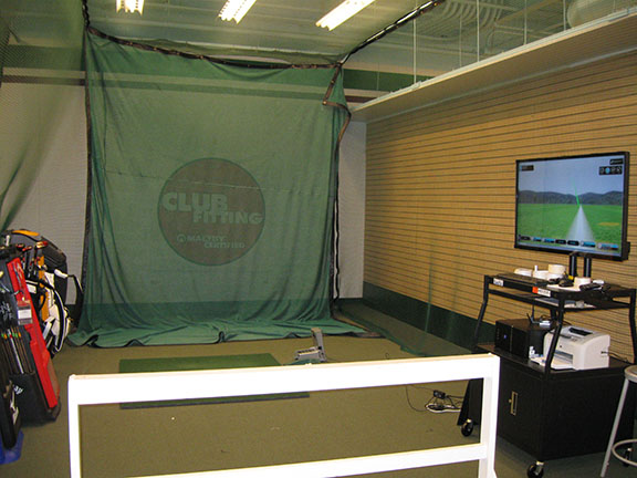 Golf Galaxy storefront. Your local sporting goods supply store in Charlotte, NC | 3039