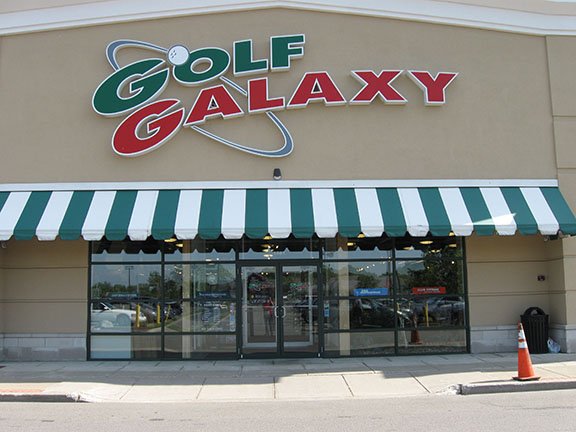 Storefront of Golf Galaxy store in Amherst, NY