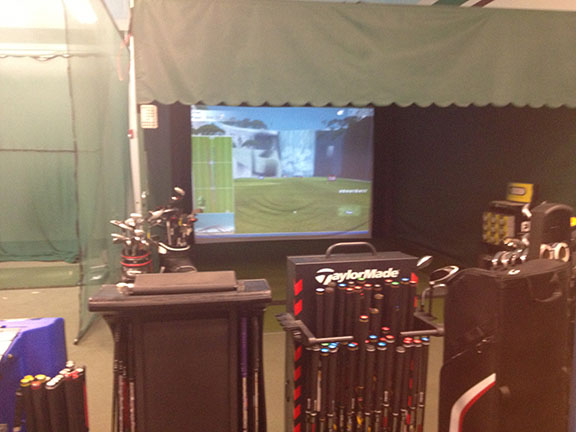 Golf Galaxy storefront. Your local sporting goods supply store in Dallas, TX | 3050