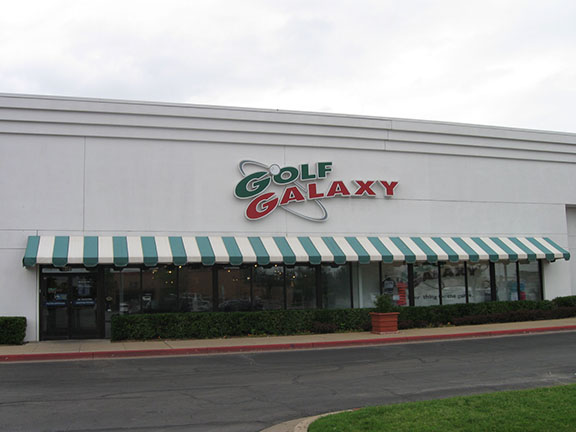 Storefront of Golf Galaxy store in Tulsa, OK