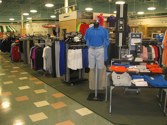 Golf Galaxy storefront. Your local sporting goods supply store in Sylvania Township, OH | 3070