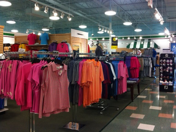 Golf Galaxy storefront. Your local sporting goods supply store in Roseville, CA | 3080