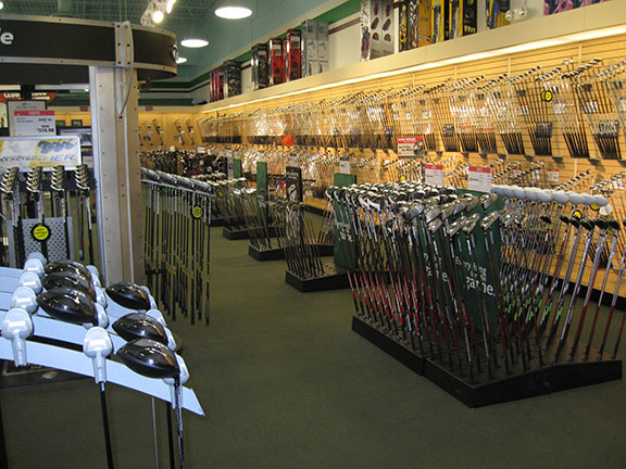 Golf Galaxy storefront. Your local sporting goods supply store in Boise, ID | 3081