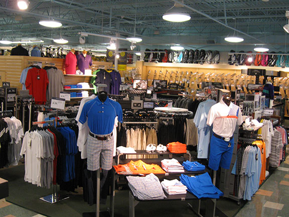 Golf Galaxy storefront. Your local sporting goods supply store in Fairfax, VA | 3089