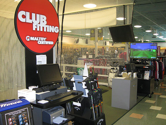 Golf Galaxy storefront. Your local sporting goods supply store in Towson, MD | 3090