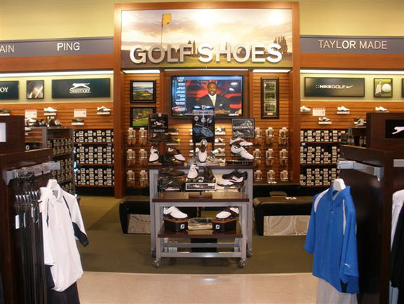 Golf Galaxy storefront. Your local sporting goods supply store in Allentown, PA | 3092