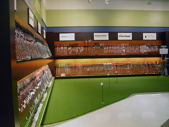 Golf Galaxy storefront. Your local sporting goods supply store in Louisville, KY | 3107